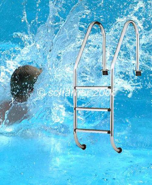 schwimmbad leiter mit edelstahl stufen f r den einbau am poolrand. Black Bedroom Furniture Sets. Home Design Ideas