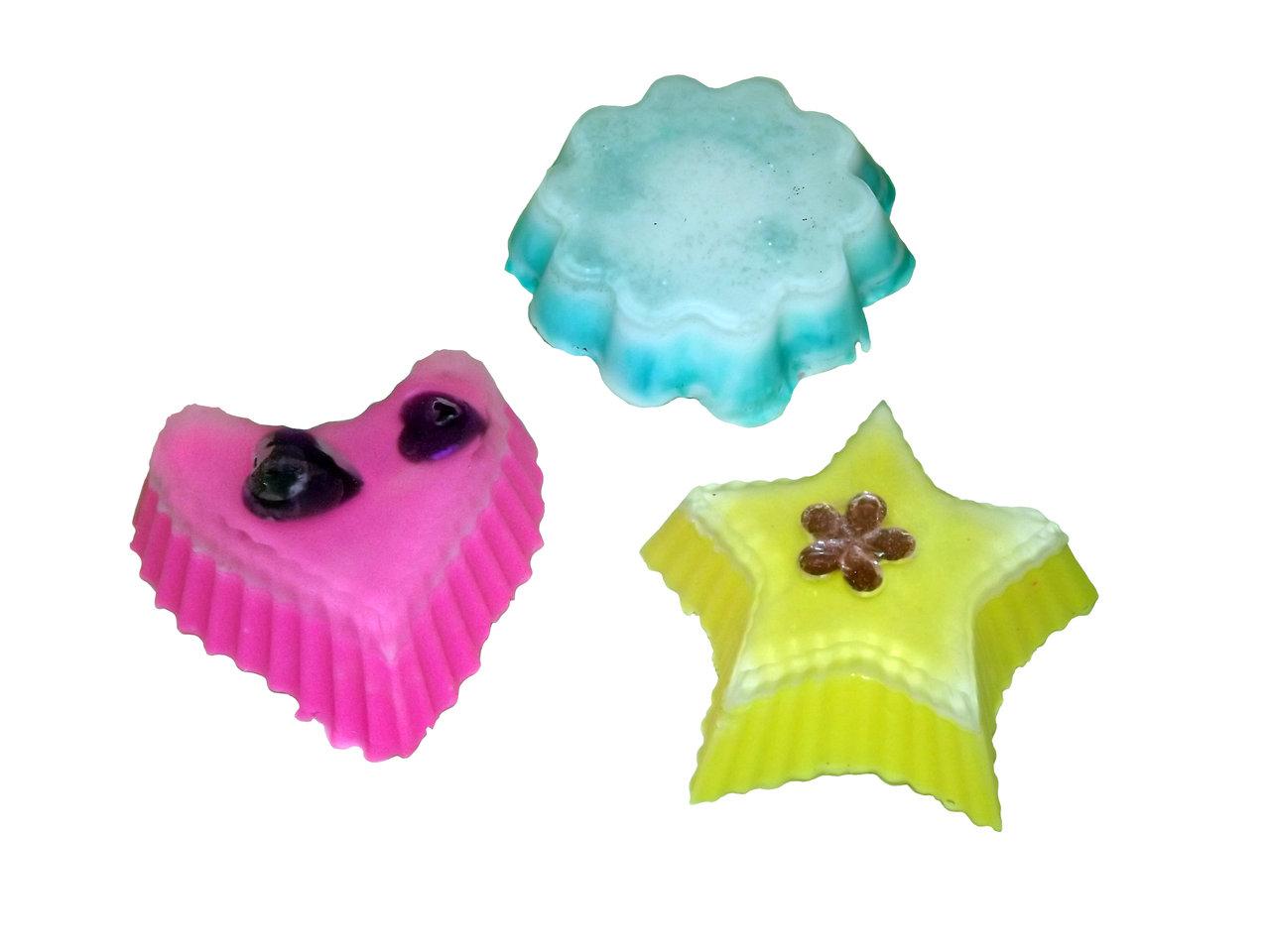 Seife Mit Kindern Herstellen : seife herstellen mit kindern besch ftigung mit seifensilke ~ Lizthompson.info Haus und Dekorationen